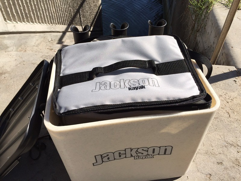 Jackson kayak jkrate soft cooler for Kayak fish cooler