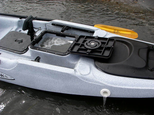 Messing with the new x factor for Fishing kayak with livewell
